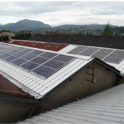 Centrale photovoltaïque sur le toit de sol7